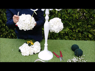 Un chandelier fleuri pour votre mariage