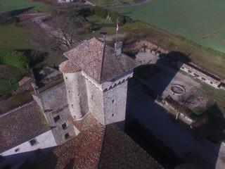 Vue aérienne du Château d'Avully