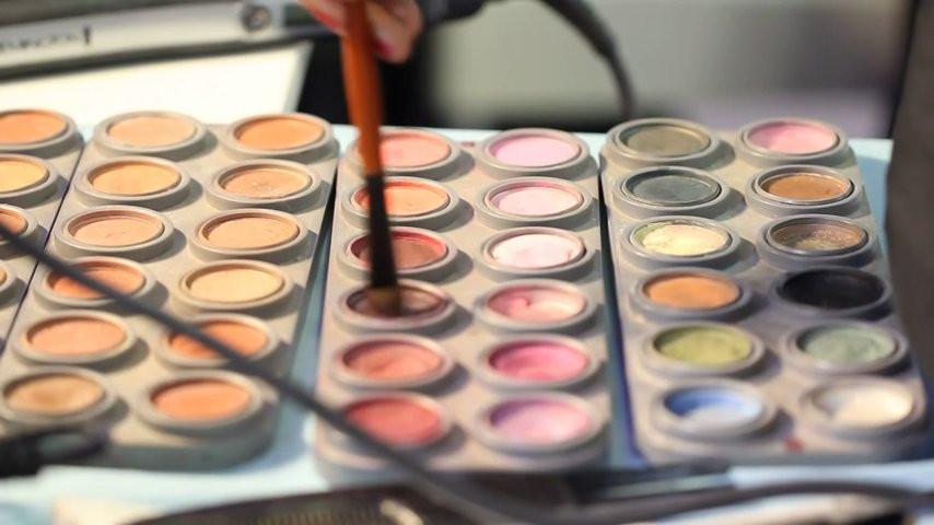 Maquillage coiffure libanais emiartistik strasbourg - Salon esthetique metz ...