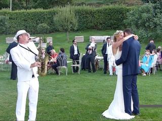 Saxo singer wedding cocktail