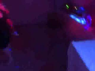 Ouverture du Bal avec Canons à Confettis