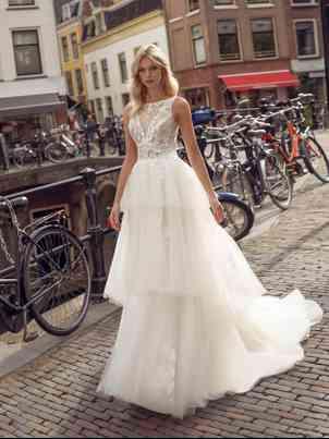 Robes de mariée Modeca